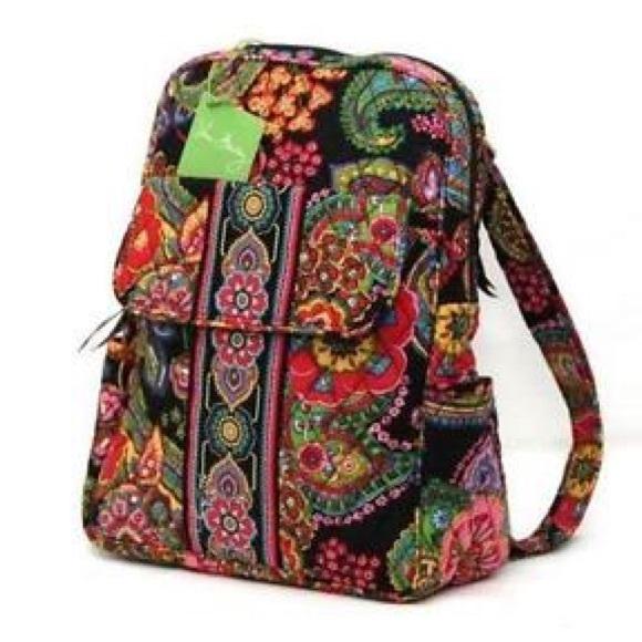 413edf50ef RETIRED PATTERN Vera Bradley Small Backpack 🖤. M 5b206c9a2e1478128fbbf212